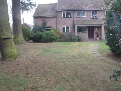 A customers lawn before being treated by Greenthumb Worcester